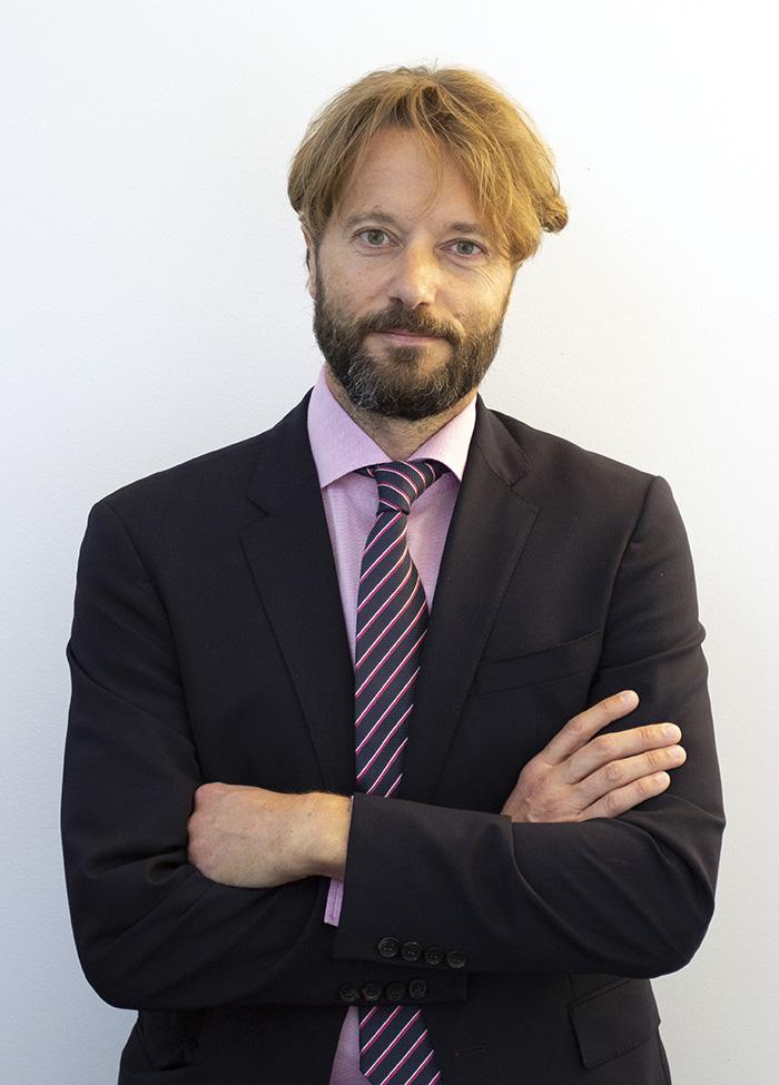 Prof. Simon Loertscher