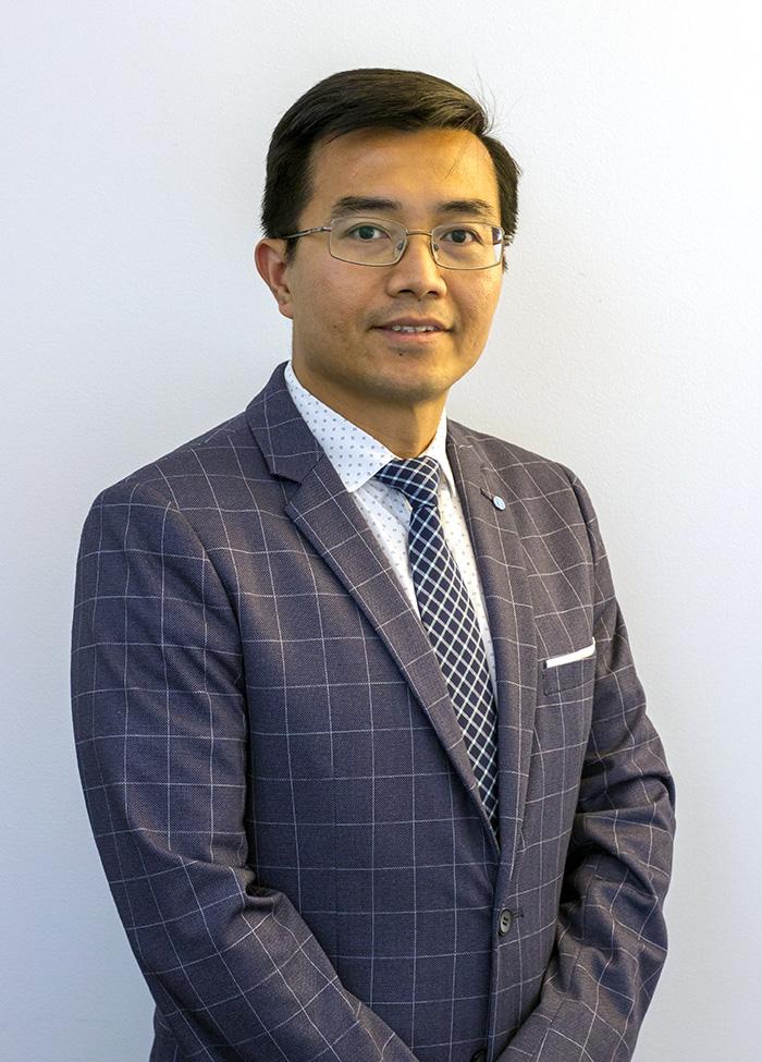 Dr. Nam Tran